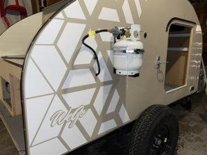 wego-teardrop_camper_trailers-side-view-tanks